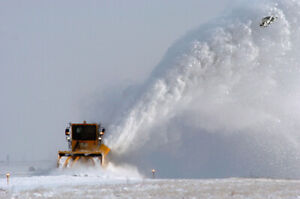 LOOKING FOR WINTER SNOW REMOVAL