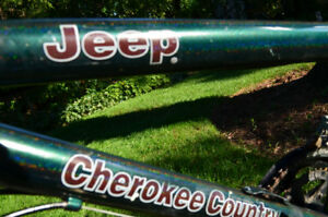 Jeep Cherokee Country  10 speed
