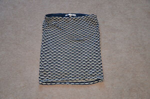 """""""Max Studio"""" Skirt, Size Large.  Grey, Navy and Cream pattern."""