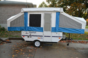 8 ft. Flagstaff Model 1706 Tent Trailer-Excellent Condition!