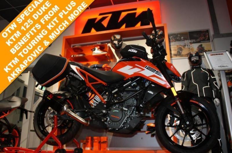 2018 KTM 125 DUKE 17 TOURING***FULLY LOADED***