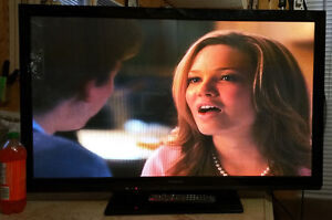 used 42 inches plasma HDTV TV Panasonic for sale with warranty