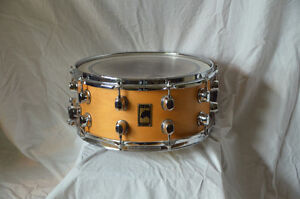 snare , caisse claire