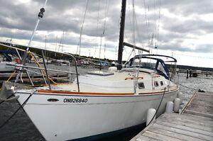 30' 1985 Ticon 30 Sailboat