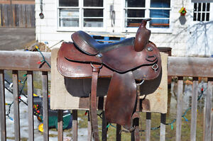 Excellent Used Condition Western Saddle