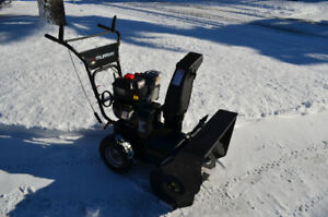 "Murray 24 / 205 cc 2 Stage Snowblower  ""Mint"""