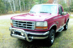 1992 Ford F-150 Camionnette