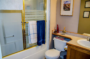 Sherwood Park Room for Rent Strathcona County Edmonton Area image 4