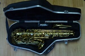 Alto Saxophone with Gator Hard Case