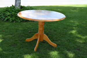 Round Solid Maple Dining Table