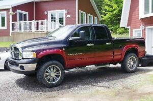 2004 Dodge Power Ram 2500 laramie Camionnette