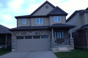 Stoney Creek 4 bedroom, 2.5 bathroom enormous house for rent!