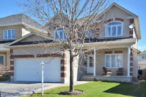 Stunning 6 Bedroom Home for Rent in Timbermere/Stittsville