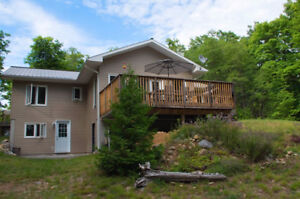 MUSKOKA COTTAGE ON GROOM LAKE AVAILABLE THIS FALL AND WINTER