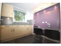 Single rooms in student flats close to Napier/Edinburgh College/HW available from 1st Sept