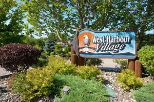 Salmon Arm - Flat building lot in adult community
