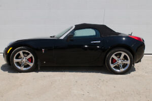 2007 Pontiac Solstice Convertible - Sold with safety