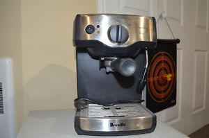 machine a café espresso cappuccino breville presque neuf