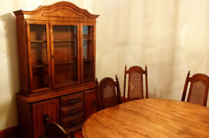 Dining room set, oak