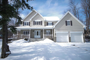 Amazing 5 bedroom home *Priced to Sell* in Saint Lazare