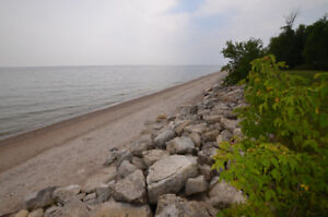 Lakefront Lot for Sale 2 Miles From Gimli