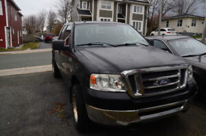2008 Ford F-150 XLT Pickup Truck **94,000 Kms*