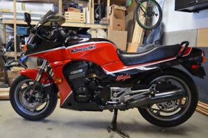 Kawasaki Ninja (GPZ 900R) 1985