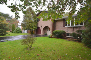 LOVELY BRIGHT AND SPACIOUS, PRIVATE, 4 BEDROOM 3 BATHROOM HOME