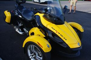 Can-Am Spyder 2008 manuel 5 vitesses