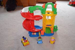 Fisher Price Little People Parking Garage