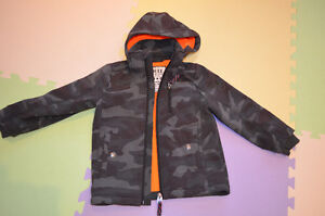 Boy spring/autumn jacket great quality (size: 3-4 years old)