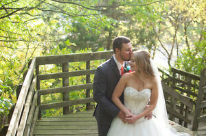 45% OFF WEDDING PHOTOGRAPHY PACKAGE $600 Kitchener / Waterloo Kitchener Area image 9