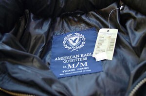 AMERICAN EAGLE DOWN JACKET SIZE M (16ish)