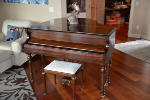 ANTIQUE LENOX BABY GRAND CIRCA 1918 PIANO