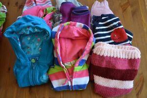 Lot vêtements fille 9 à 12 moia