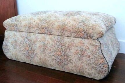 Large ottoman with storage Lilyfield Leichhardt Area Preview