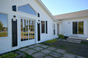 BEAUTIFUL ABOVE GROUND 2 BEDROOM APT IN SHEDIAC RIVER