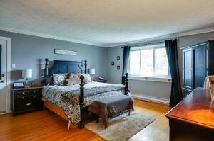 Waterfront with In-law suite! Cornwall Ontario image 6