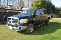 2006 Dodge Power Ram 2500 SLT Pickup Truck