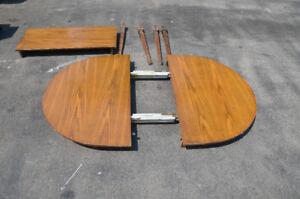 Table w Insert 4 legs