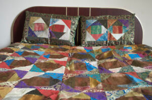 Christmas gift to pamper your home- Bedcover with 2 pillow cove