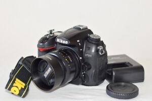 NIKON D7000 CAMERA BODY with 50mm 1.8D lens