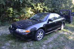 2001 Oldsmobile Alero Sedan, parts or derby car scrap