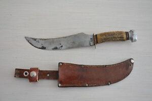 Couteau de chasse vintage.