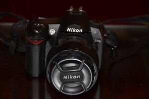 Mint Nikon D70S with 18-70mm f3.5-4.5 lens with 4500 actuations