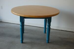 Butcher Block Round Dinning Table