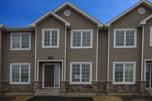 OPEN HOUSE TODAY 2-4 PRICED UNDER TAXE ASSESSEMENT