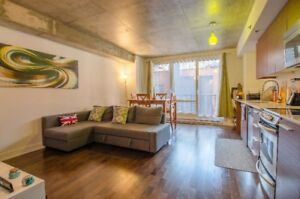 Superbe Condo Downtown Centreville St-Laurent/Sherbrooke