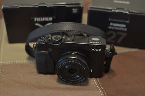 Fuji X-E2 mirrorless camera with XF 27mm F/2.8 lens