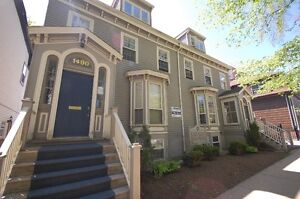 444Rent- Great Location!- Carlton St. Office Spaces Avail June!